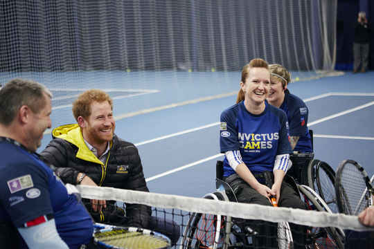 Prince Harry meets hopefuls trying out for wheelchair tennis, a new sport at the Orlando 2016 Games (photo credit: Duncan Nicholls)